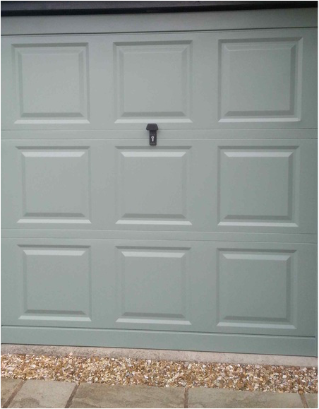 Garage Door Stewkley Decorating